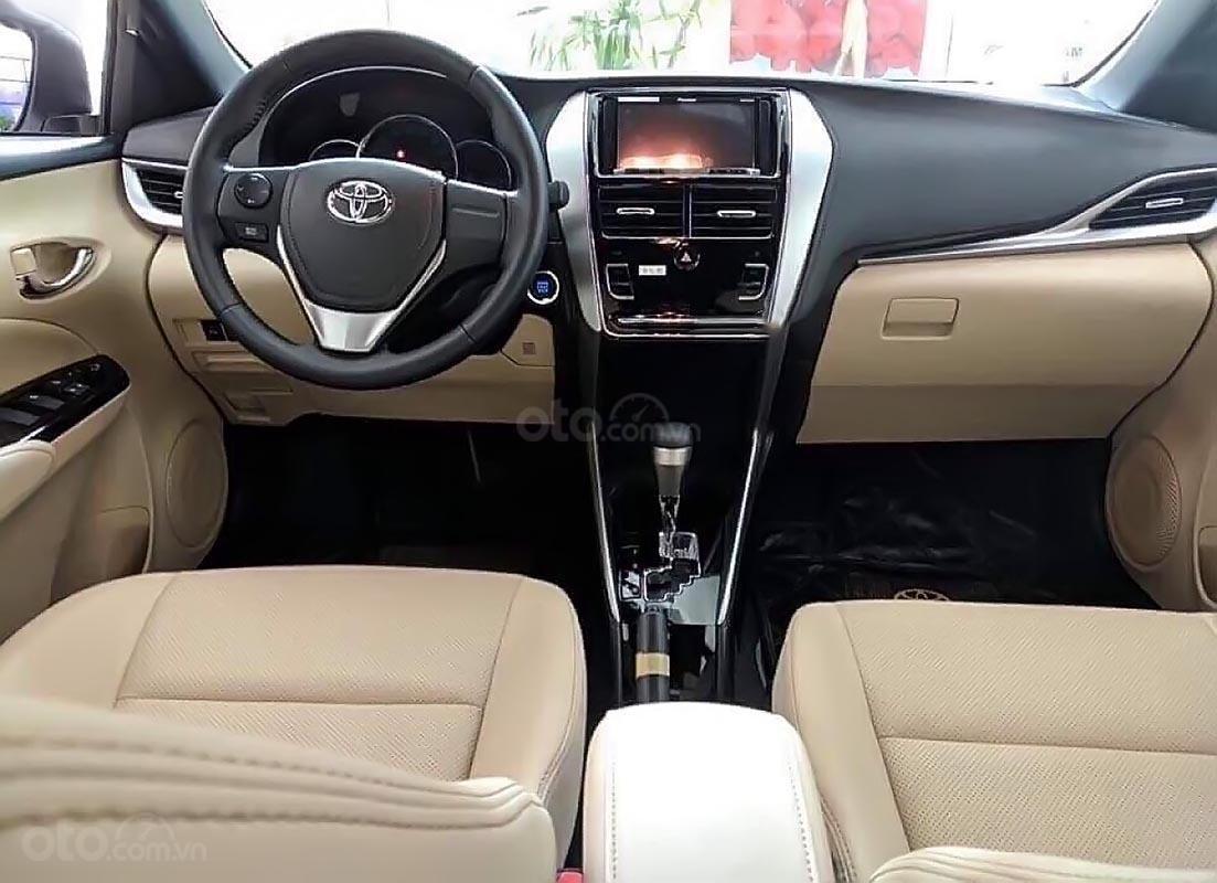 Bán Toyota Yaris 1.5G năm sản xuất 2019, màu trắng, xe nhập-4