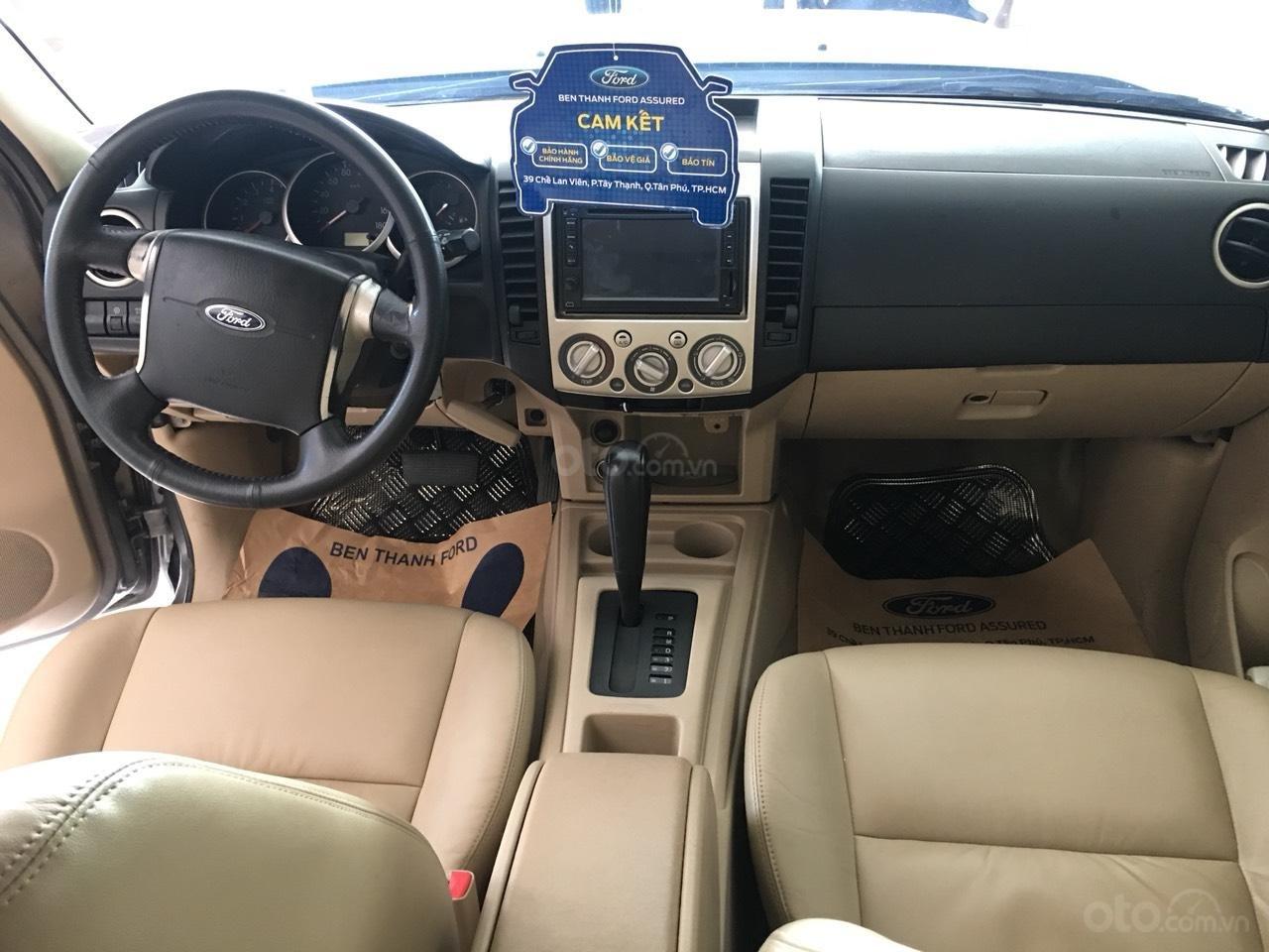 Cần bán xe Ford Everest Limited năm sản xuất 2011, màu xám (ghi)-6
