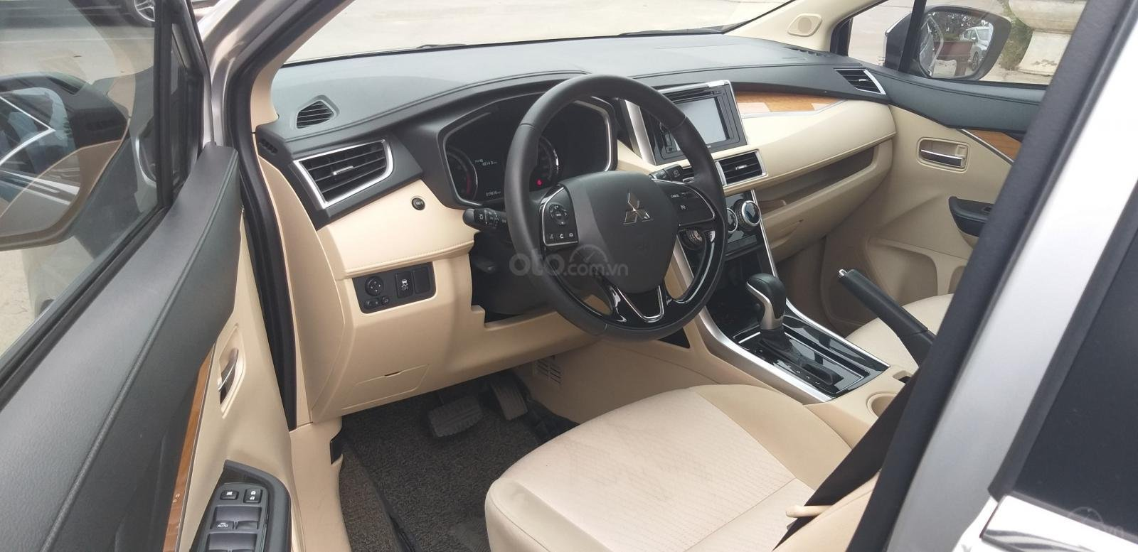 Bán Mitsubishi Xpander năm sản xuất 2019, màu đen, xe nhập khẩu 100% indonesia-5