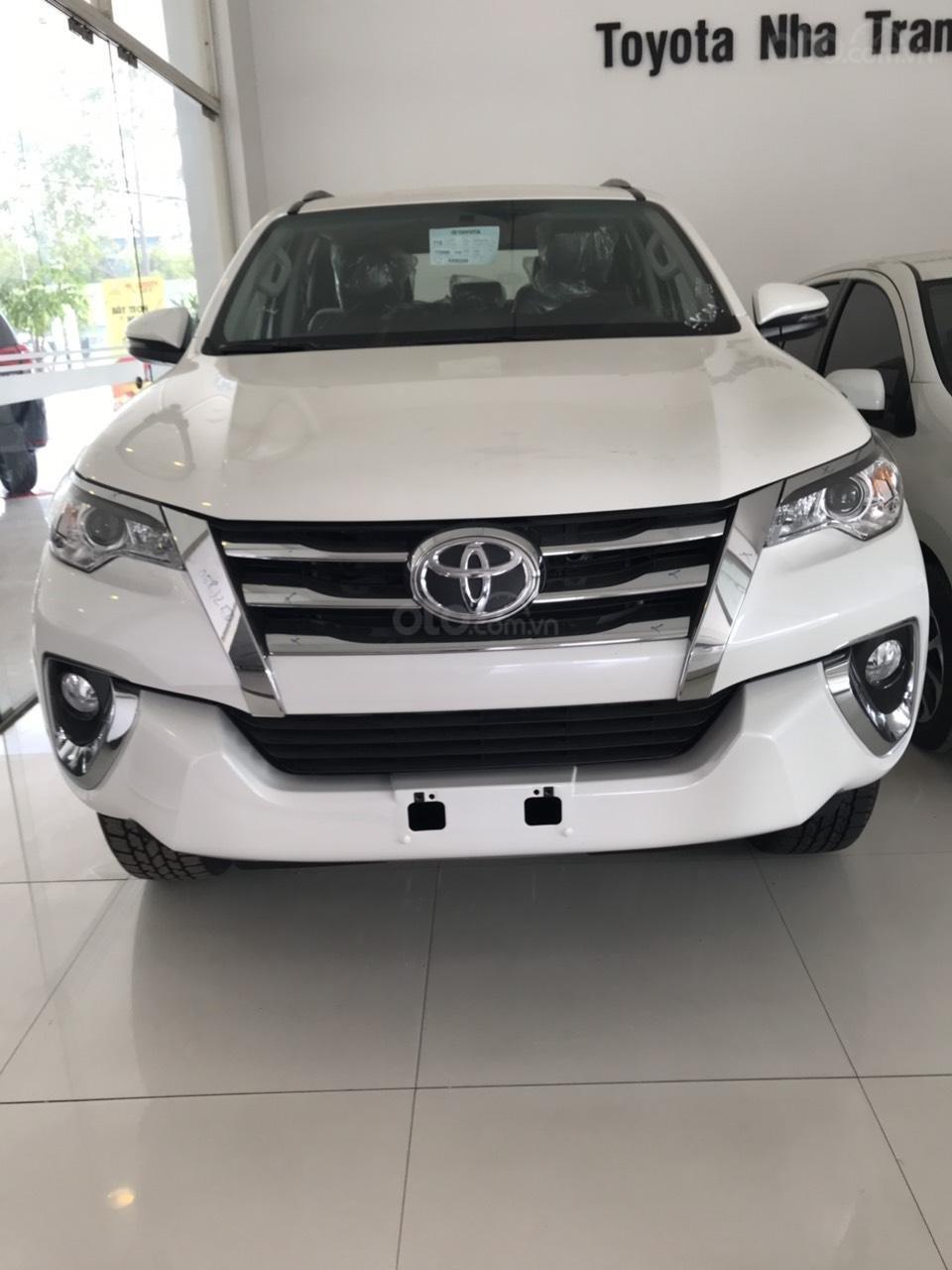 Bán Toyota Fortuner 2.7 AT 2019, màu trắng, xe nhập-0