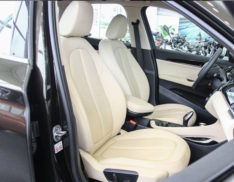Đánh giá xe BMW X1 2019 về thiết kế ghế ngồi: Hàng ghế trước.