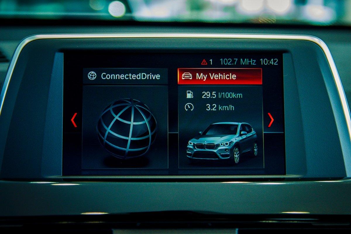 Đánh giá xe BMW X1 2019 về trang bị tiện nghi.