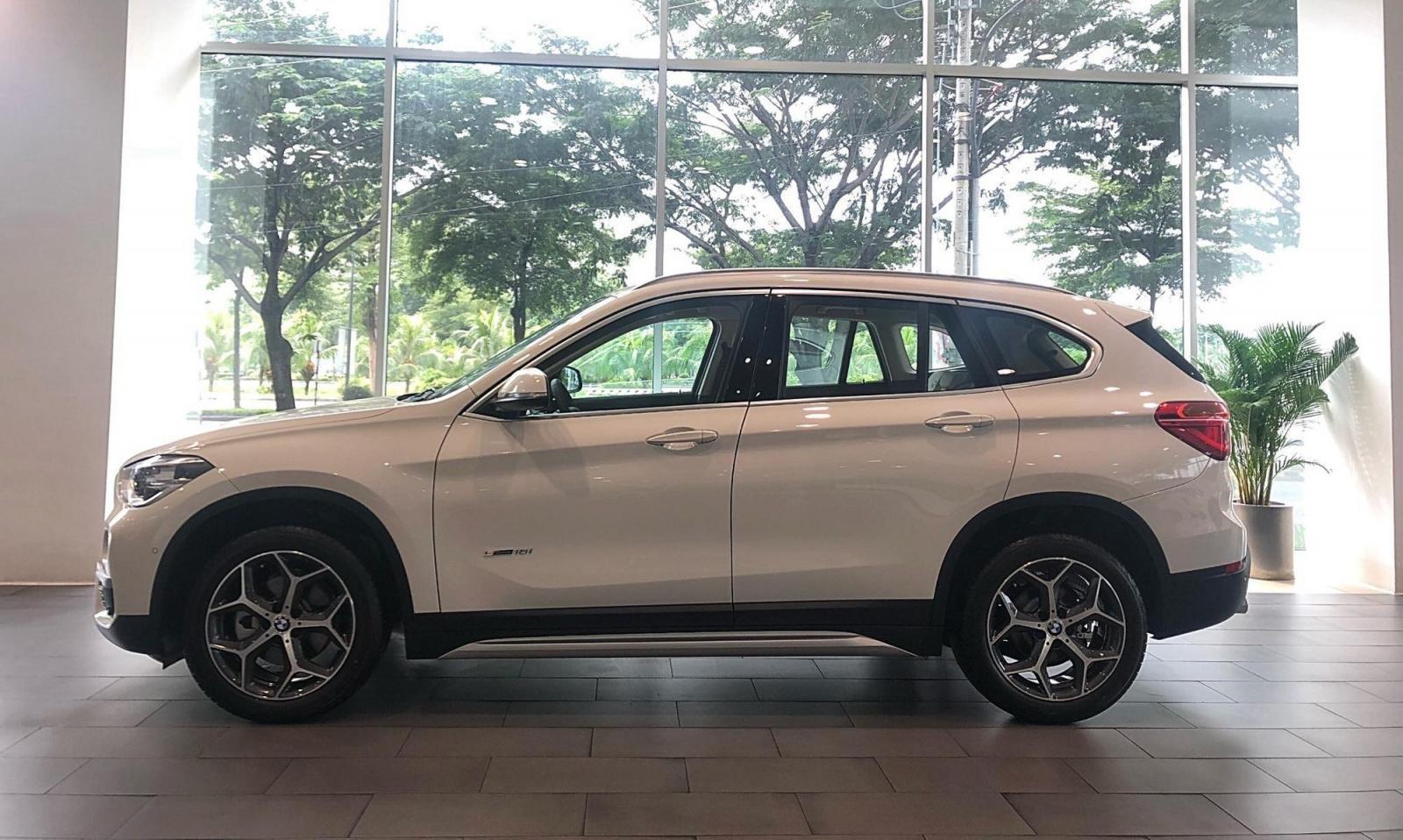 Đánh giá xe BMW X1 2019 về thiết kế thân xe.