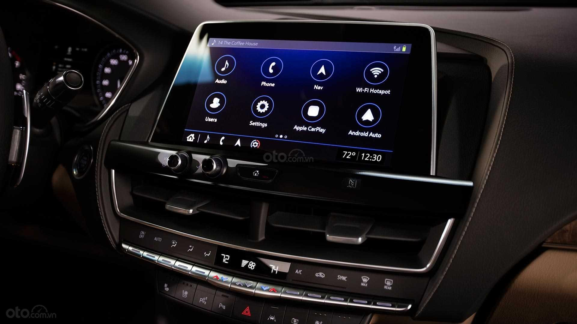 Đánh giá xe Cadillac CT5 2020 - màn hình chính