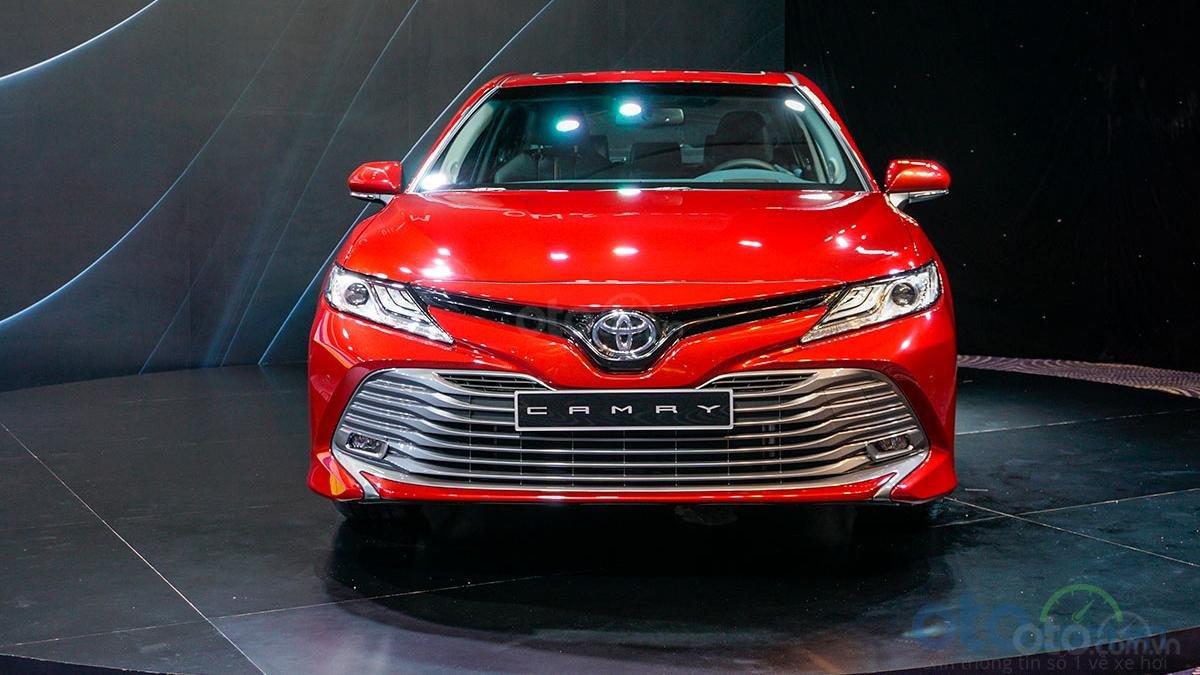 Mất vài trăm triệu sau khi Toyota Camry 2019 công bố giá bán a2