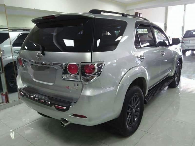 Bán ô tô Toyota Fortuner sản xuất 2016, màu bạc xe gia đình, giá chỉ 895 triệu-3