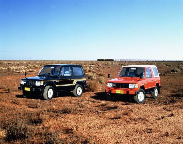 Mitsubishi Pajero thế hệ đầu tiênsdg