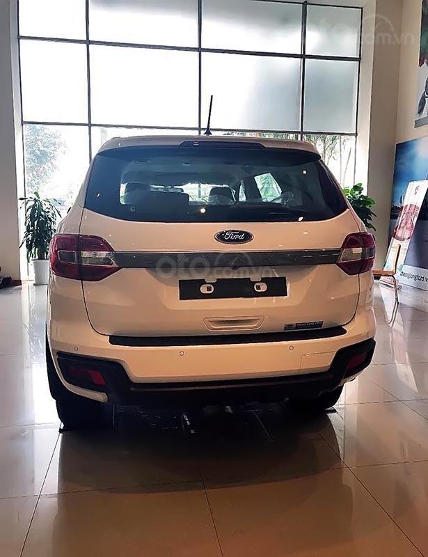 Cần bán Ford Everest AmBiente 2.0L AT năm sản xuất 2019, màu trắng, nhập khẩu-1