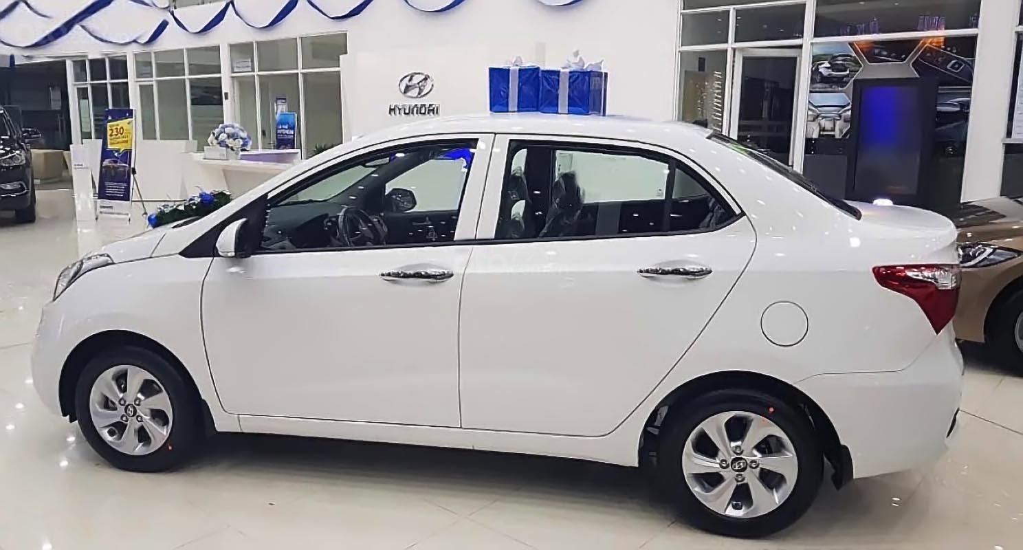 Bán xe Hyundai Grand i10 sản xuất 2019, màu trắng, giá chỉ 408 triệu-0