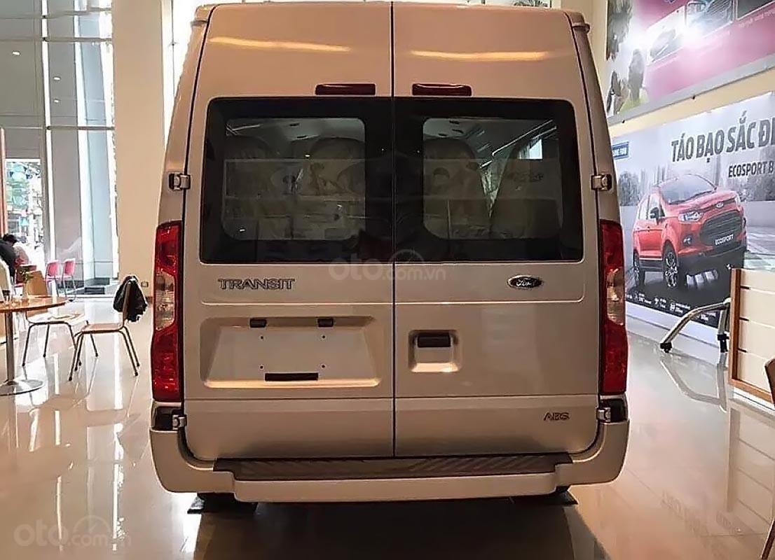 Cần bán Ford Transit SVP đời 2019, màu trắng, giá chỉ 730 triệu-1