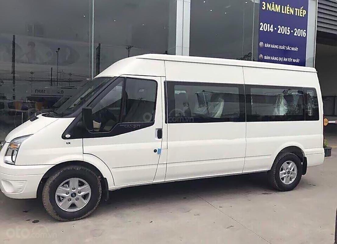 Cần bán Ford Transit SVP đời 2019, màu trắng, giá chỉ 730 triệu (1)