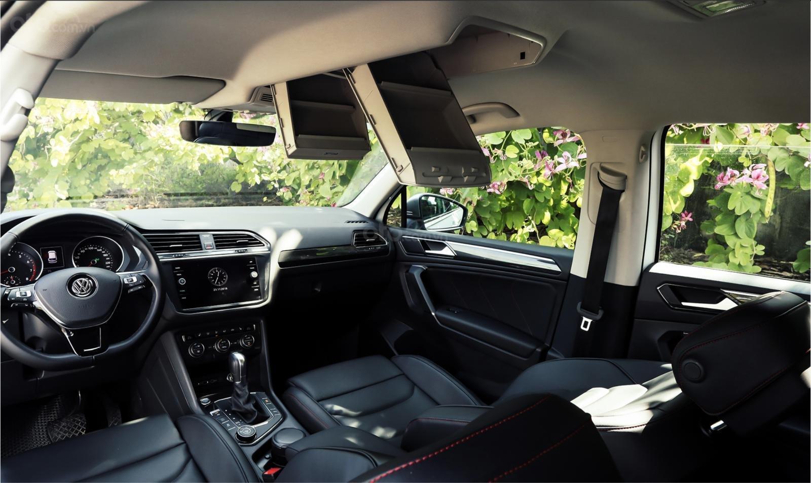 Volkswagen Tiguan Allspace - Xe Đức nhập khẩu - tháng 12 giảm giá sốc hơn 100 triệu kèm quà nhiều quà tặng giá trị (9)