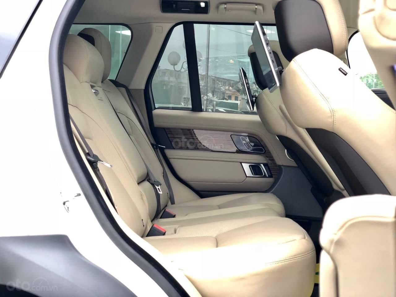 Bán LandRover Range Rover HSE 3.0 2018, màu trắng, nhập khẩu Mỹ - LH: 0982.84.2838-4