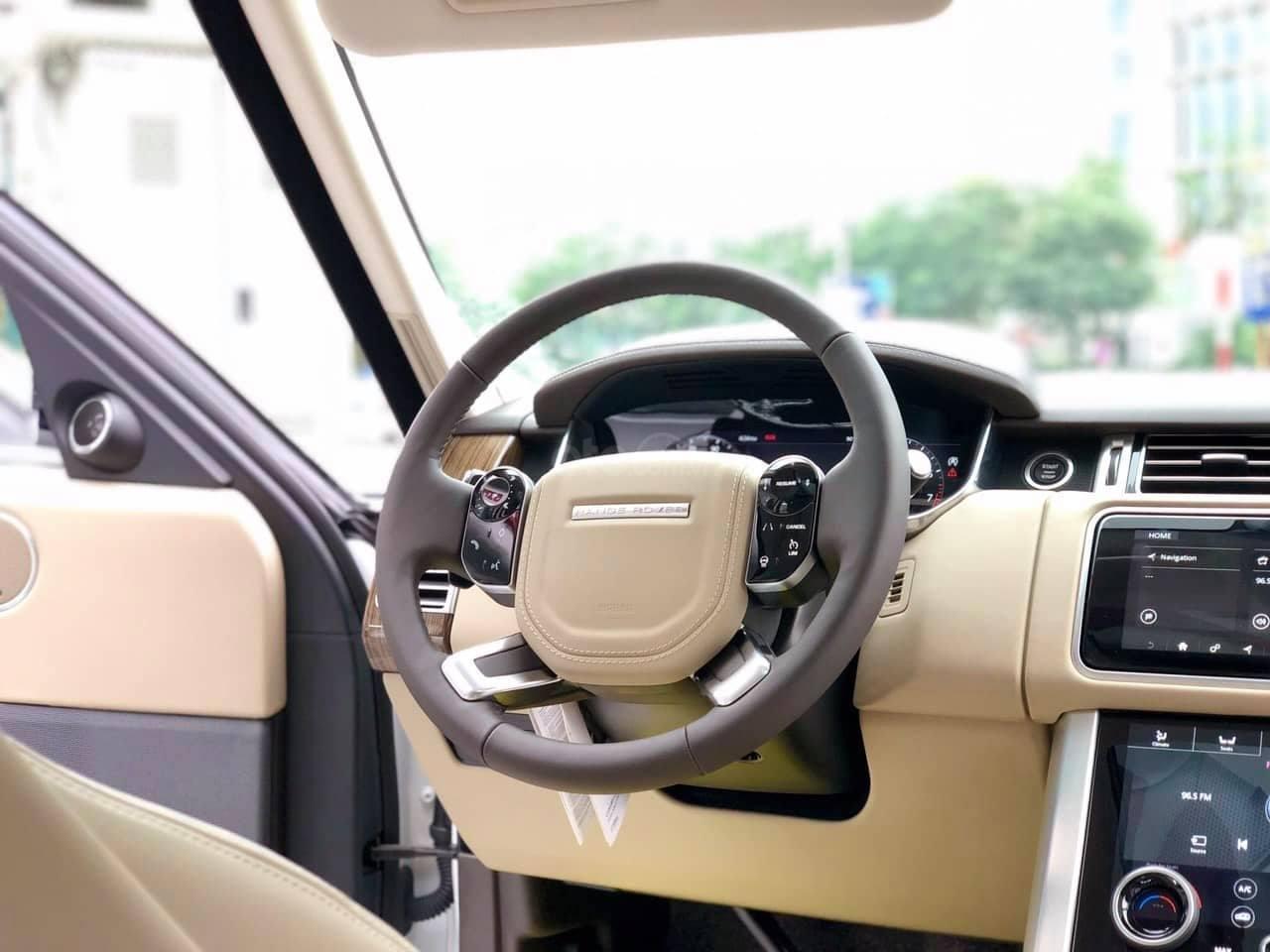 Bán LandRover Range Rover HSE 3.0 2018, màu trắng, nhập khẩu Mỹ - LH: 0982.84.2838-8