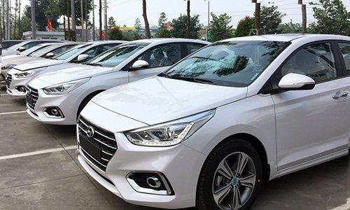 Hyundai Accent bổ sung thêm cửa gió điều hòa đón hè nắng nóng.