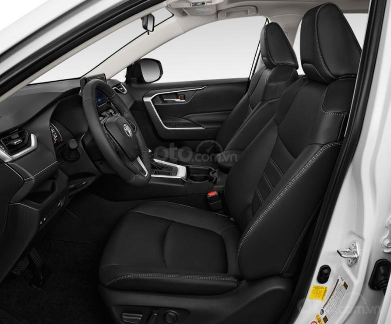 Ghế trước của Toyota RAV4 2019.