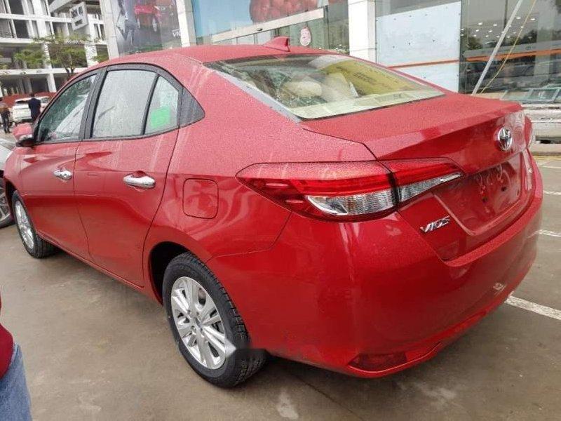 Cần bán Toyota Vios 2019, màu đỏ giá cạnh tranh-1