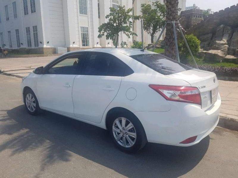 Bán Toyota Vios 2017, màu trắng, nhập khẩu-1