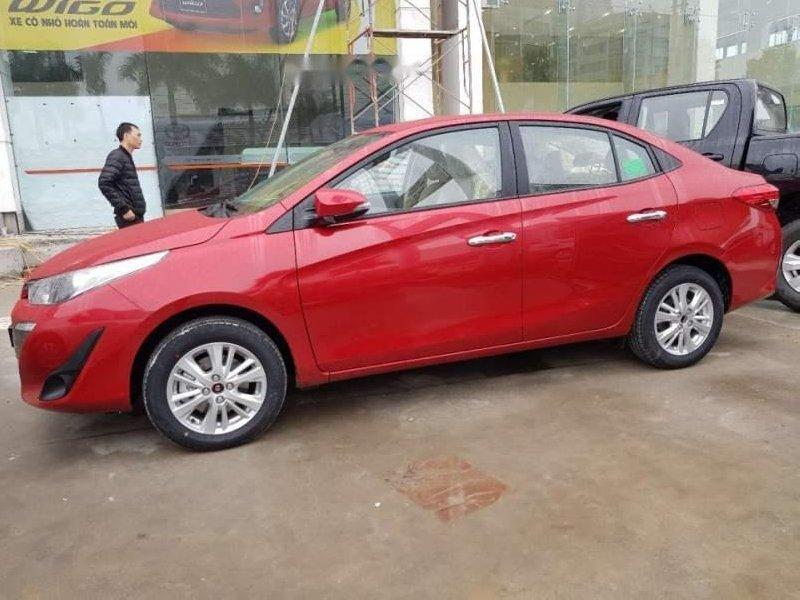 Cần bán Toyota Vios 2019, màu đỏ giá cạnh tranh-0