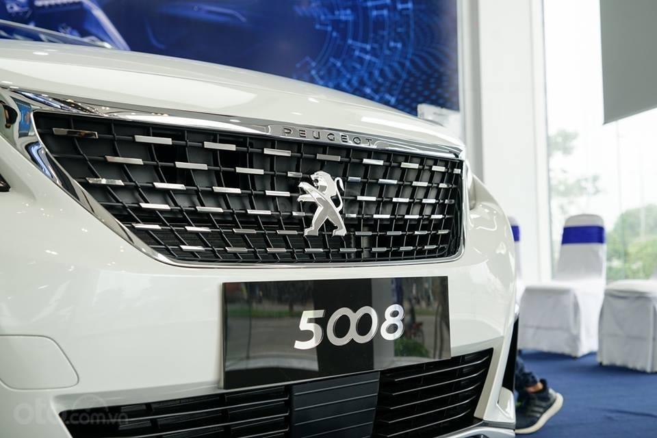 Cần bán Peugeot 5008 Turbo tăng áp sản xuất 2019, màu trắng, giá tốt nhất thị trường Đồng Nai, 0938097424-1
