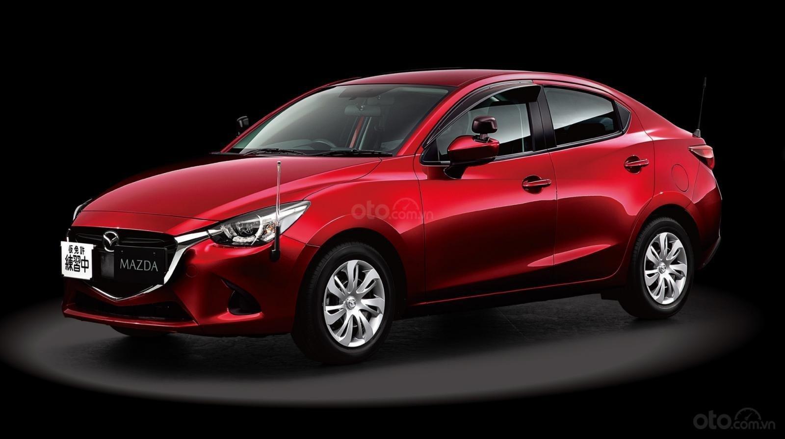 Mazda2 Trainer - mẫu xe Mazda thích hợp cho gà mờ tập lái