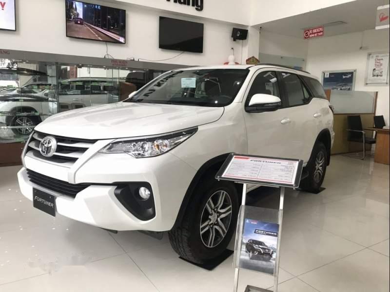 Bán Toyota Fortuner đời 2019, màu trắng, nhập khẩu-3