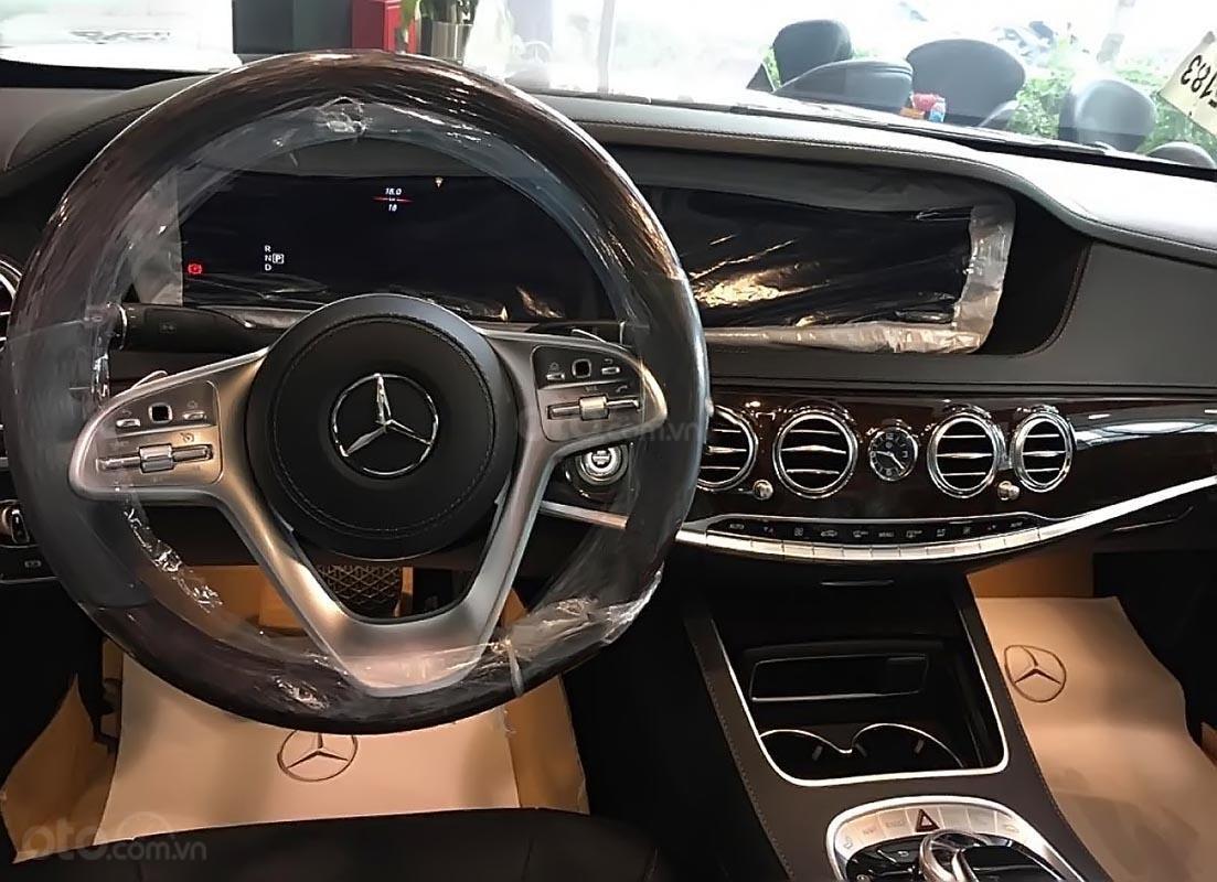 Cần bán xe Mercedes S450L năm 2019, màu đen, giá tốt-3