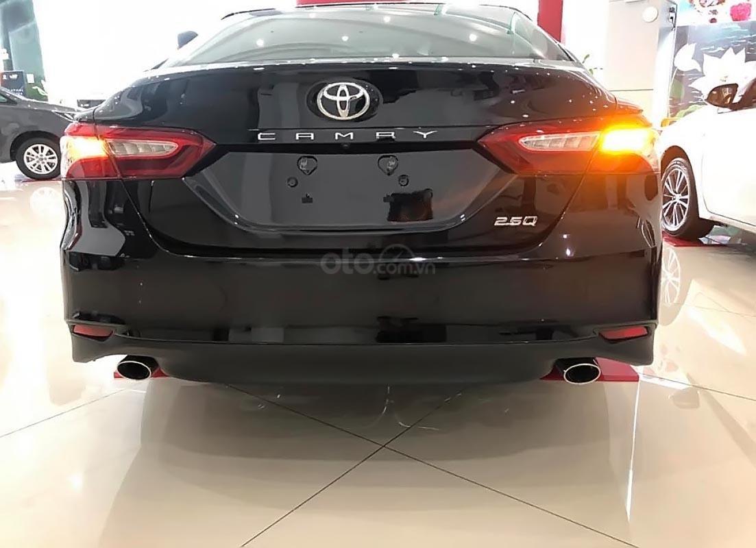 Bán Toyota Camry 2.5Q đời 2019, màu đen, nhập khẩu  -2