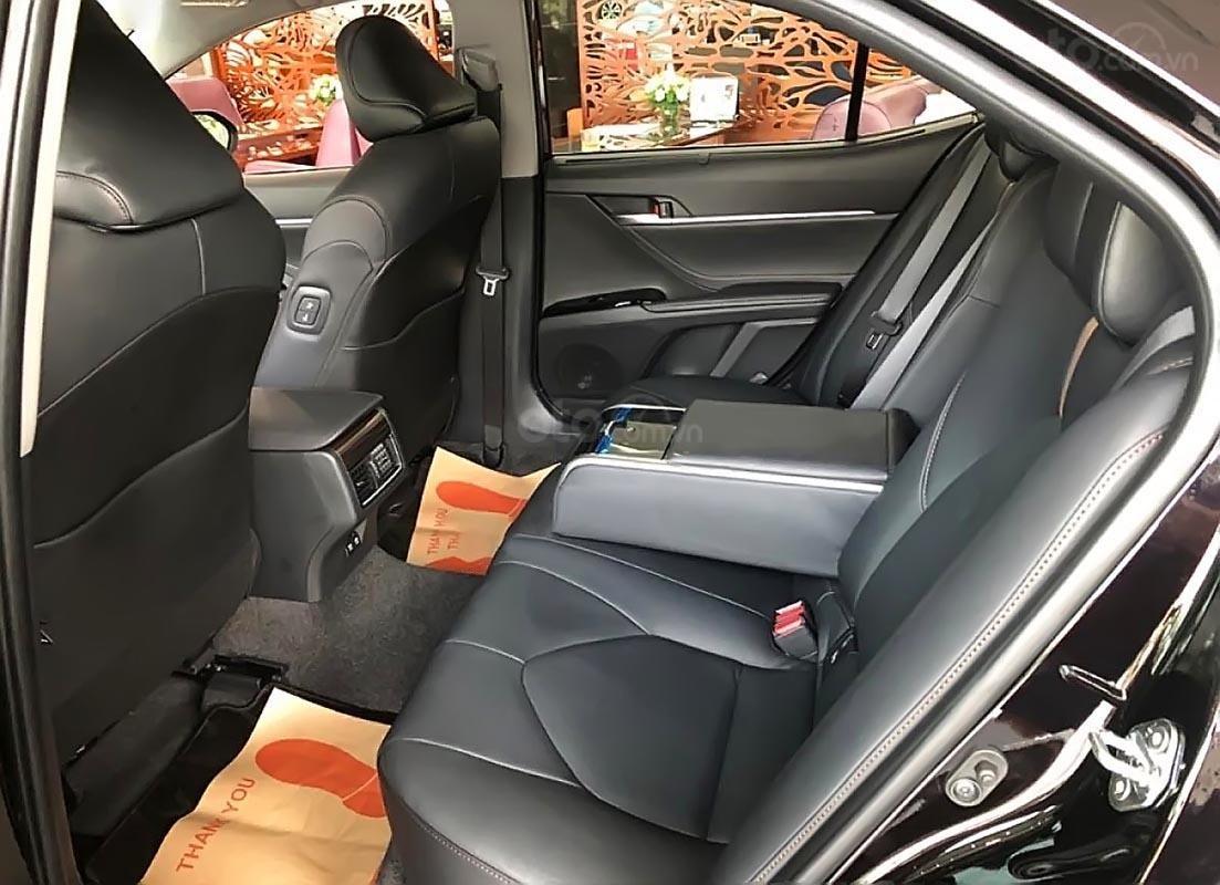 Bán Toyota Camry 2.5Q đời 2019, màu đen, nhập khẩu  -3