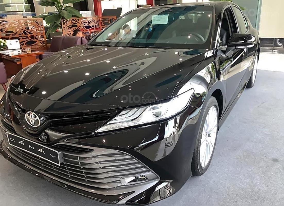 Bán Toyota Camry 2.5Q đời 2019, màu đen, nhập khẩu  -4