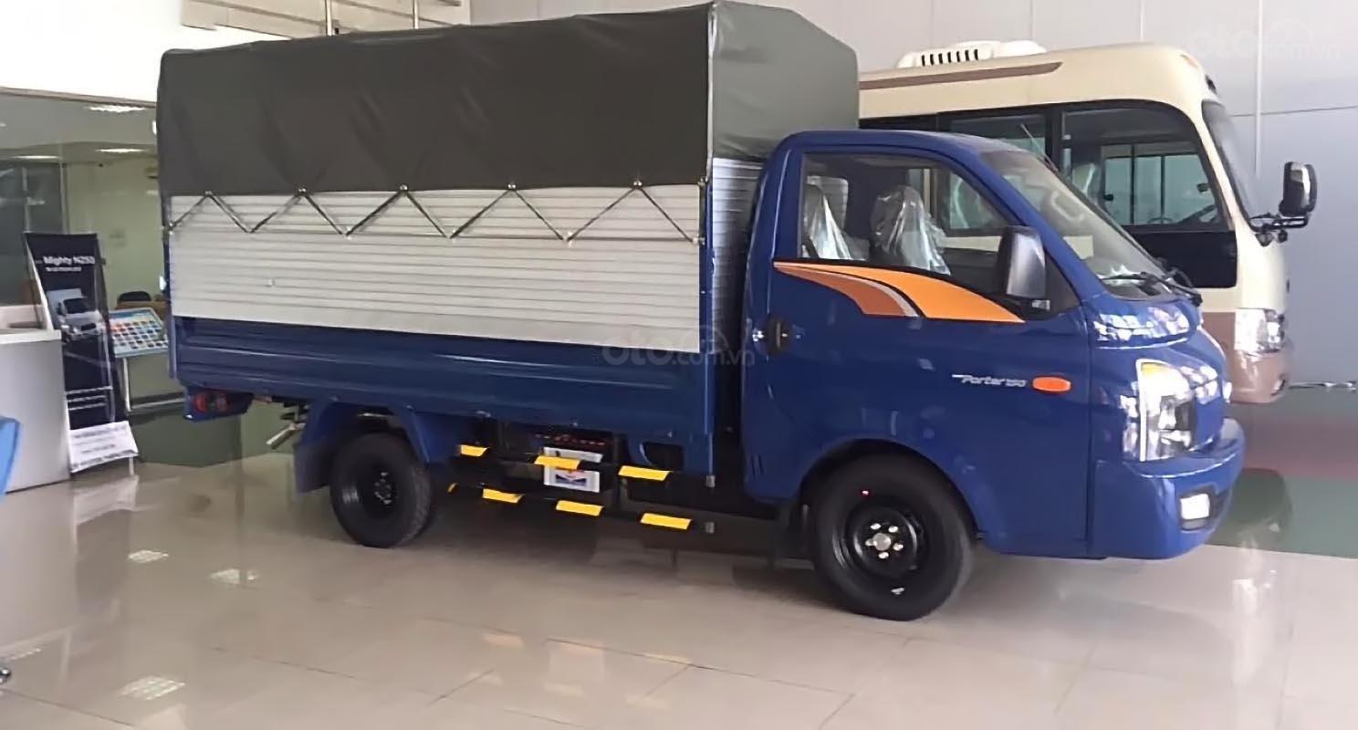 Bán xe tải Hyundai Porter H150 1,4 tấn 2019, đủ màu giao ngay-0