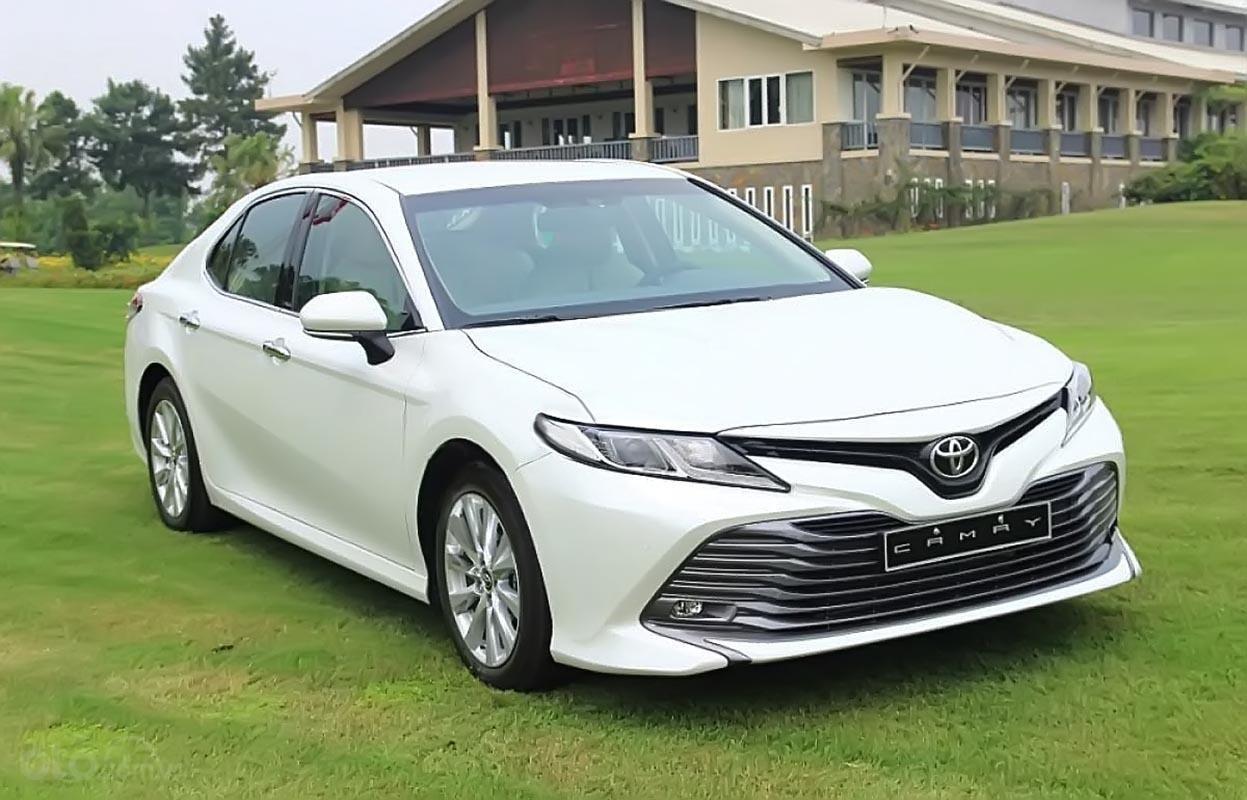 Bán Toyota Camry 2.0G 2019 nhập khẩu nguyên chiếc Thái Lan, kiểu dáng hoàn toàn mới-0