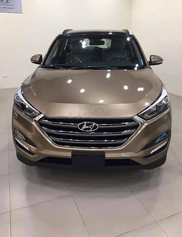 Bán xe Hyundai Tucson 2.0 ATH đời 2019, màu nâu-0