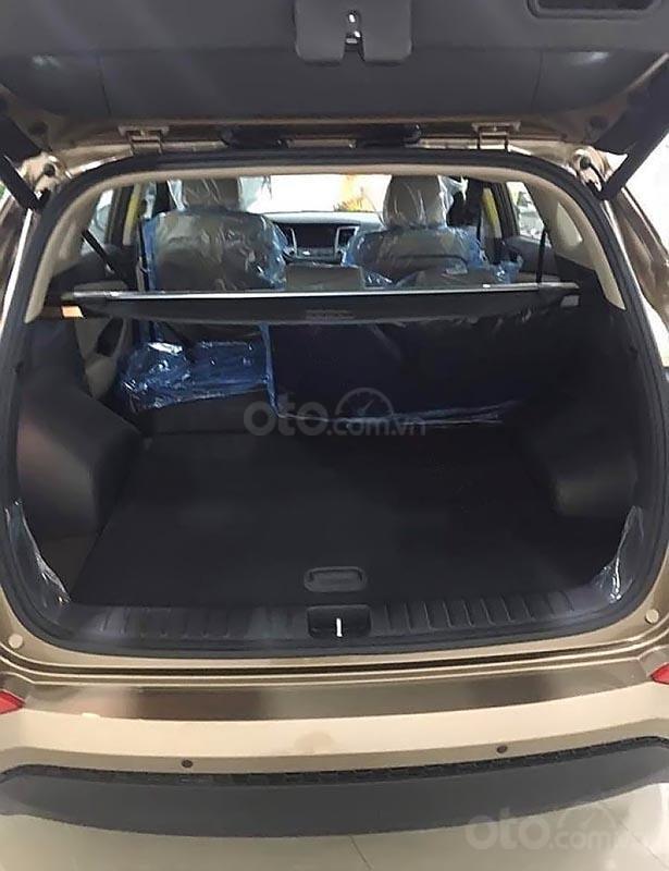 Bán xe Hyundai Tucson 2.0 ATH đời 2019, màu nâu-1