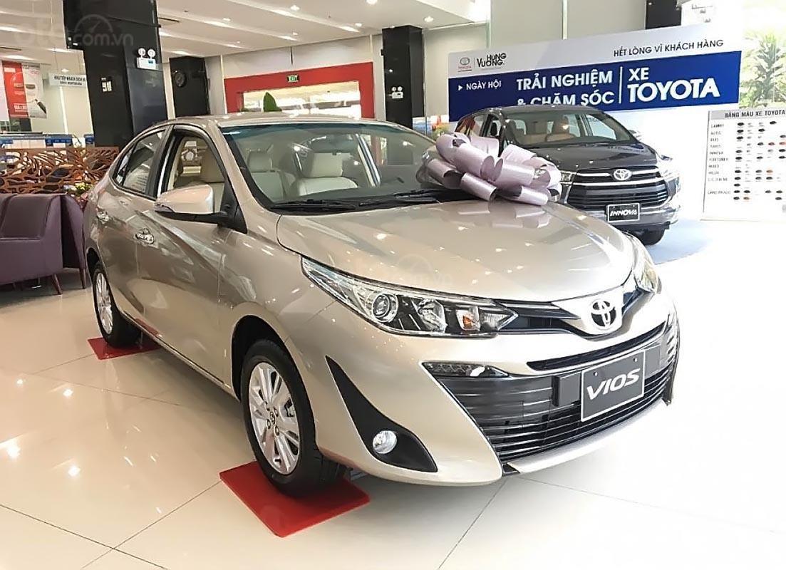 Bán Toyota Vios 1.5G 2019, màu vàng, giá chỉ 606 triệu-0