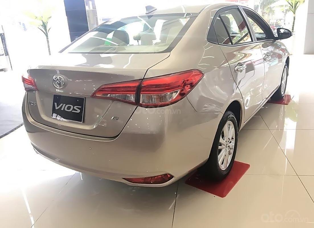 Bán Toyota Vios 1.5G 2019, màu vàng, giá chỉ 606 triệu-1