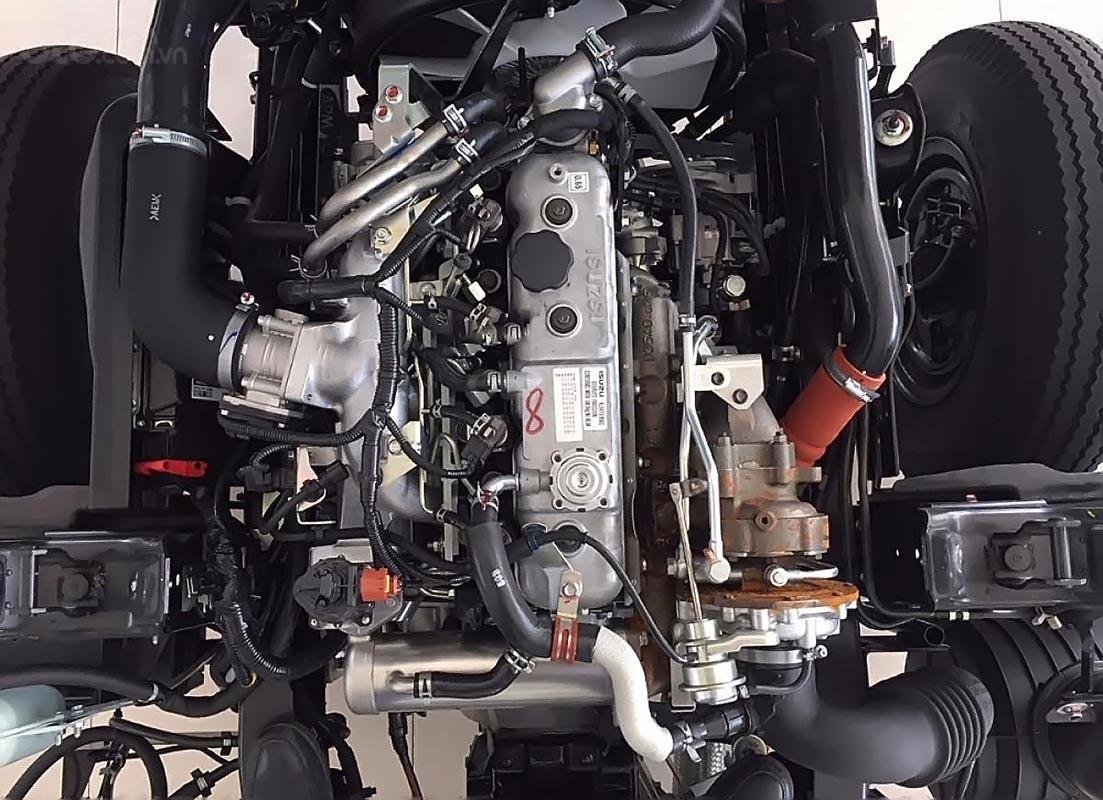 Bán ô tô Isuzu QKR 230 sản xuất năm 2019, màu trắng, mới 100%-3