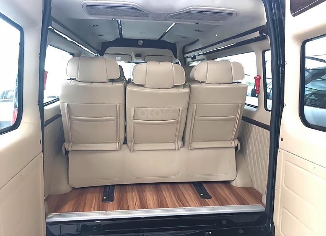 Cần bán Ford Transit S Limousine 2019, màu xanh lam, đưa trước 300 triệu giao xe ngay, bao đậu ngân hàng-3