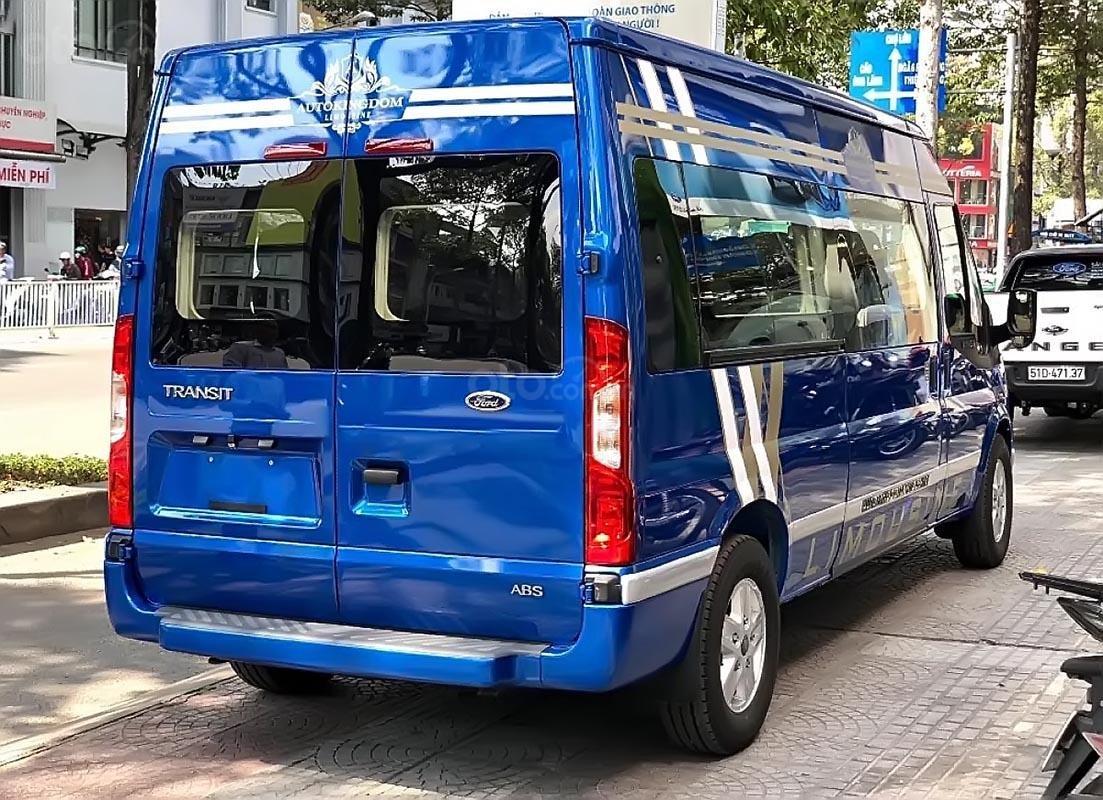 Cần bán Ford Transit S Limousine 2019, màu xanh lam, đưa trước 300 triệu giao xe ngay, bao đậu ngân hàng-2