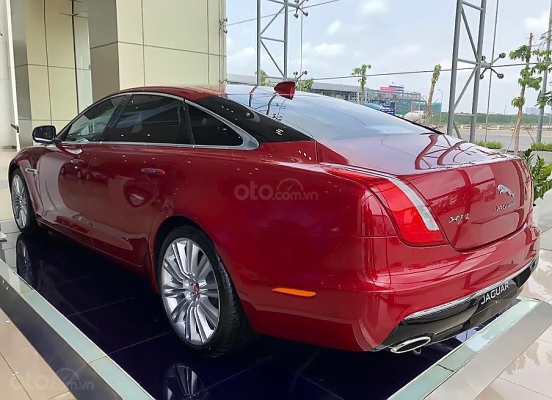 Bán ô tô Jaguar XJL 3.0 Portfolio năm 2019, màu đỏ, nhập khẩu, mới 100% (2)