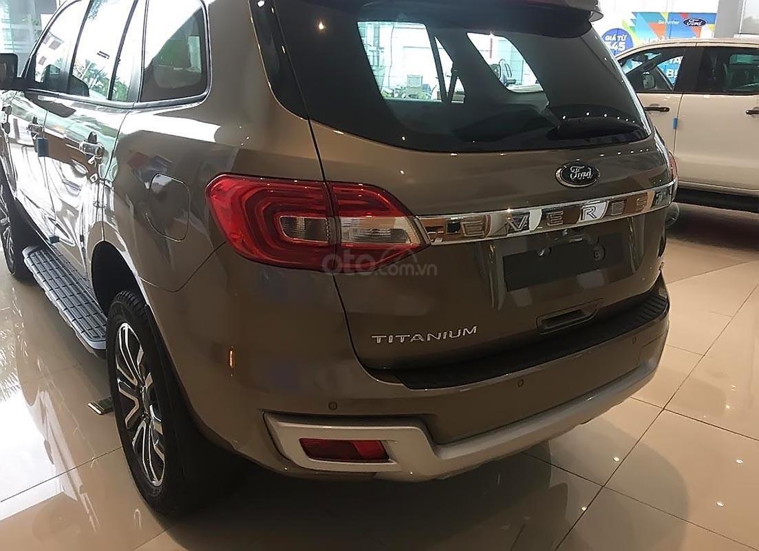 Bán Ford Everest Titanium 2.0L 4x4 AT sản xuất năm 2019, nhiều hệ thống đèn led tự động-1