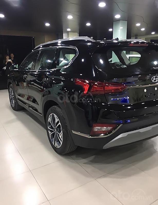 Bán ô tô Hyundai Santa Fe 2.4L HTRAC đời 2019, màu đen (2)