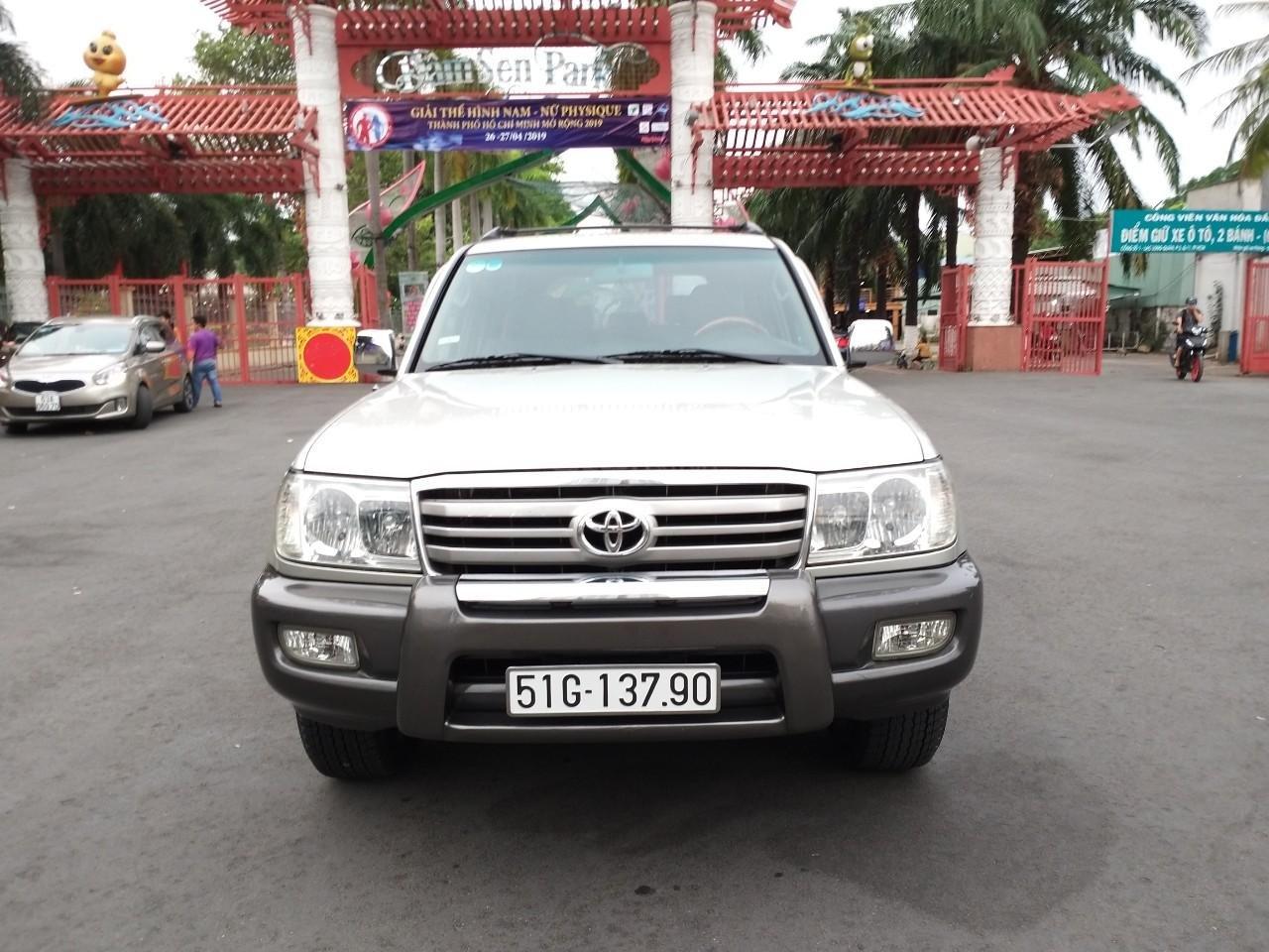 Toyota Land Cruiser GX model 2006, màu bạc, nhập khẩu còn mới toanh-4