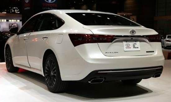 Đánh giá xe Toyota Avalon