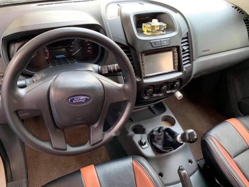 Cần bán Ford Ranger XLT năm 2016, màu trắng, nhập khẩu nguyên chiếc, số sàn giá cạnh tranh-3