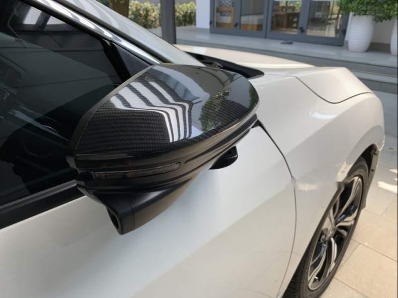 Cần bán gấp Honda Civic 2017, màu trắng, xe nhập như mới-4