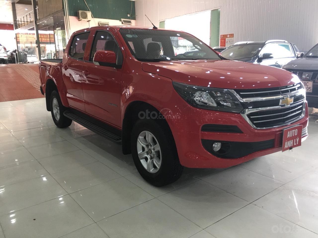 Bán Chevrolet Colorado đời 2017, màu đỏ, nhập khẩu-9