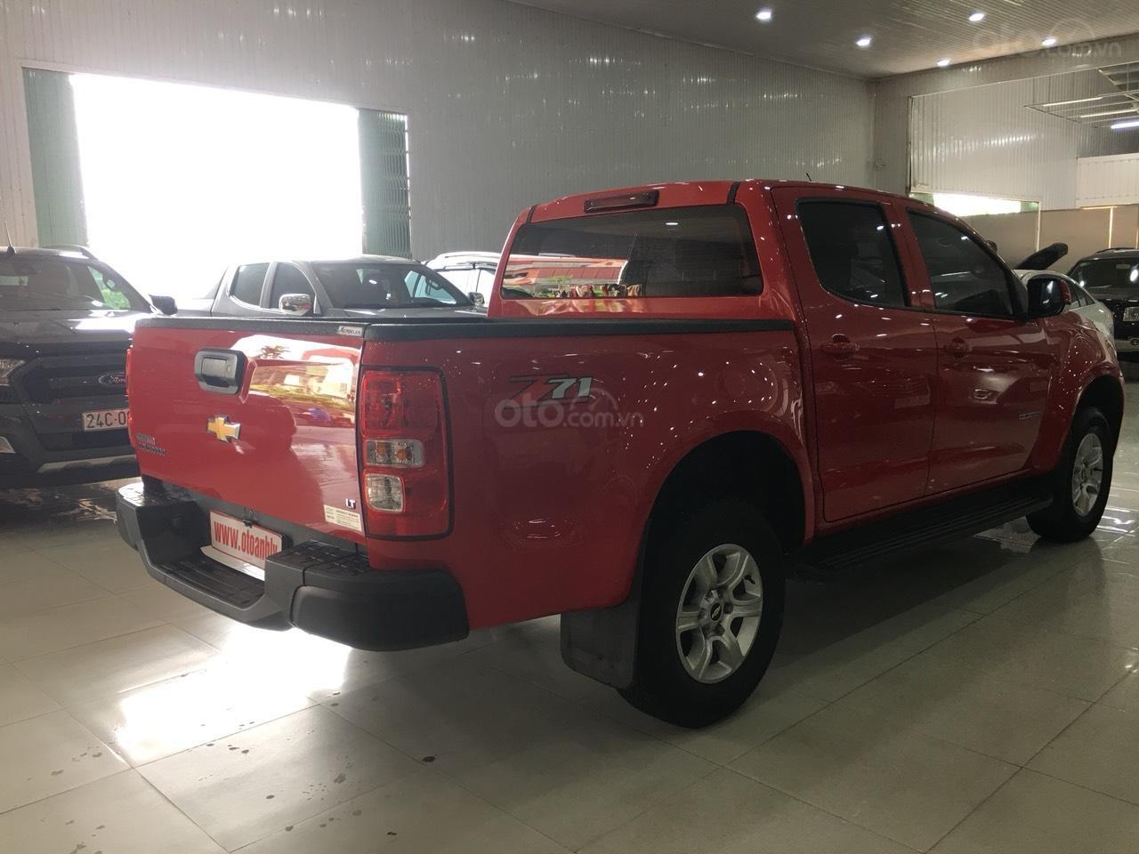 Bán Chevrolet Colorado đời 2017, màu đỏ, nhập khẩu-8