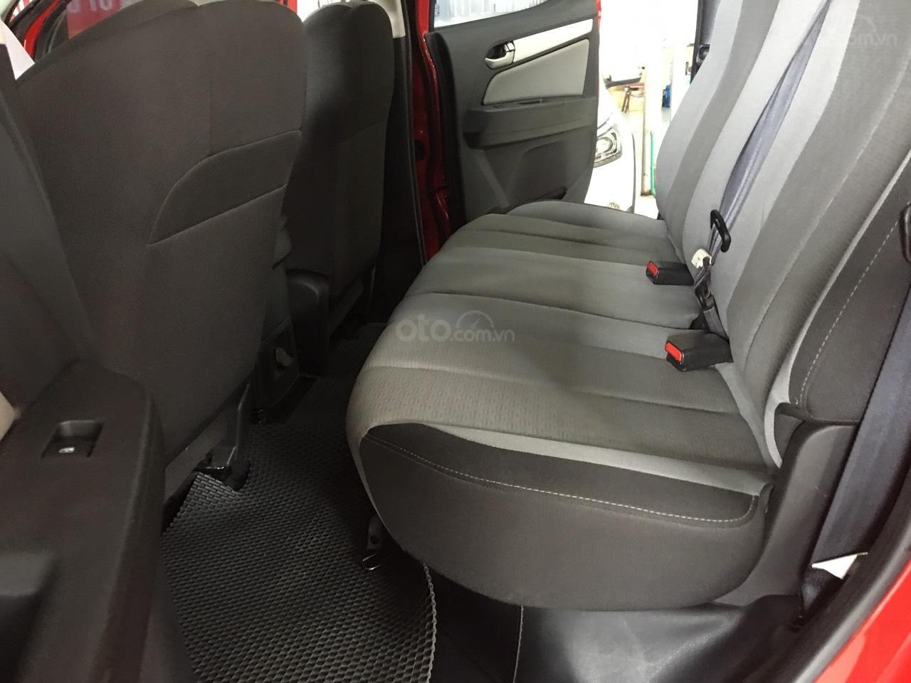 Bán Chevrolet Colorado đời 2017, màu đỏ, nhập khẩu-4