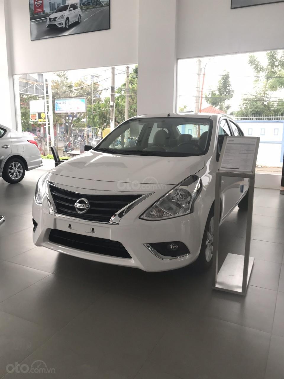 Bán Nissan Sunny XL 2019, màu trắng, giá 428tr-3
